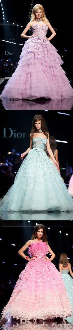 https://flic.kr/p/Bnn581   Trouwjurken   Wedding Dress, Wedding Dress Lace, Wedding Dress Strapless   www.popo-shoes.nl