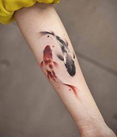 koi fish tattoo small \ koi fish tattoo ` koi fish tattoo design ` koi fish tattoo small ` koi fish tattoo half sleeve ` koi fish tattoo meaning ` koi fish tattoo colorful ` koi fish tattoo ying yang ` koi fish tattoo simple Coy Fish Tattoos, Goldfish Tattoo, Carp Tattoo, Tattoo Ink, Dragon Tattoos, Armor Tattoo, Time Tattoos, Body Art Tattoos, Small Tattoos