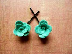 Flora Green Felt Flower Bobby Pin Hair Accessories