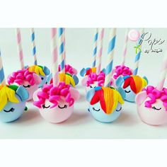 """1,879 mentions J'aime, 65 commentaires - Angie Perez (@opopsbyangie) sur Instagram : """"My Little Pony inspired cake pops for Rachelle's birthday.  #mylittlepony #mylittleponycakepops…"""""""