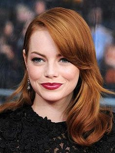 Light Auburn Hair Color On Black Women Images & Pictures - Becuo Light Auburn Hair Color, Red Hair Color, Red Hair For Cool Skin Tones, Emma Stone Hair, Medium Hair Styles, Long Hair Styles, At Home Hair Color, Super Hair, Long Hair Cuts
