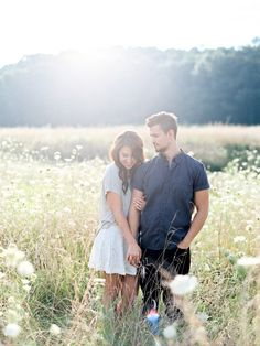 What to Expect for the Perfect Engagement Session | Wedding Sparrow | Sawyer Baird Photography