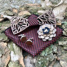 A Bucata Rosso fa csokornyakkendővel tedd teljessé megjelenésed, vagy csiszolj a stílusodon. Fa, Gift Wrapping, Gifts, Gift Wrapping Paper, Presents, Wrapping Gifts, Favors, Gift Packaging, Gift
