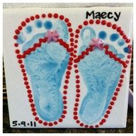 Beach Themed Crafts For Preschoolers | Cute footprint tile - great for #summer ! #DIY