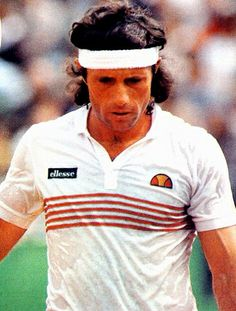 GUILLERMO VILAS. Great tennis champ.
