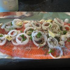 I really enjoy this way of cooking trout or any other fish. It's simple and delicious also very moist. You can cook it in the oven during winter months and on the bbq in the summer season! Hope you enjoy. Tuna Recipes, Salmon Recipes, Seafood Recipes, Cooking Recipes, Healthy Recipes, Healthy Foods, Great Recipes, Favorite Recipes, Game Recipes