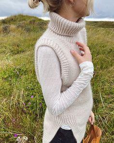 Outfits Otoño, Warm Outfits, Knit Vest Pattern, Knitting Patterns, Wool Vest, Stockinette, Drops Design, Ravelry, Knitwear