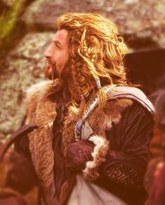 Ohgosh Fili is beyond gorgeous...all these girls drool over Kili but I prefer Fili much better<<<I love Fili so much