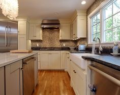 Contemporary Kitchen - Found on Zillow Digs. What do you think?