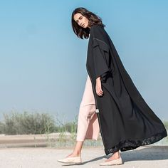 Get this gorgeous #abaya as #readytowear at our store now| contact +971526404072 to place orders #dubaiabaya #modestfashion #hessafalasiabaya