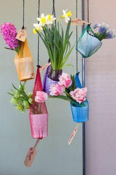 Super als Geschenk: Blumennetze.  #blumen #flowers #easter #eggs #ostern #twbm #diy