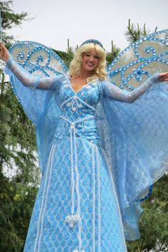 The blue fairy  sc 1 st  Pinterest & Blue Fairy costume (from Disneyu0027s u0027Pinocchiou0027) | Inspiration ...