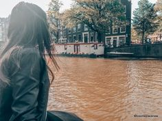 A 2 day Amsterdam itinerary with sightseeing and travel tips, and a quick day trip to the countryside. Find out how we spend 2 days in Amsterdam itinerary. 2 Days In Amsterdam, Amsterdam Map, Amsterdam Itinerary, Visit Amsterdam, Anne Frank House, Dam Square, Old Churches, Short Trip, Day Trip