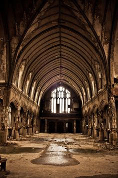 These pictures made me cry!  This used to be such a beautiful church-St Agnes Church, Detroit MI