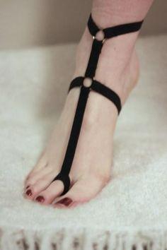 Trendy-Black-Punk-Chain-Harness-Elasticated-Garter-Barefoot-Sandal-UK-SELLER
