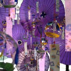 風鈴と和傘の組み合わせ、美しいな