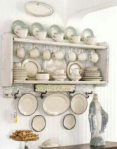 Needing an alternative to my china cabinet that won't fit in the new kitchen Cozinha Shabby Chic, Kitchen Dining, Kitchen Decor, Dining Room, Cocina Office, China Cabinet Display, Plate Display, Dish Display, My French Country Home