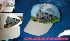 Gorra pintada a mano con motivos ferroviarios.  www.facebook.com/vasniworld