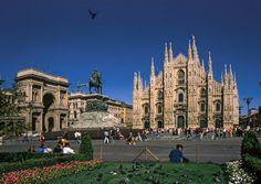 LOMBARDIAA ENNEN DIGIAIKAA – SNmatkakuvaaja Sardinia, Barcelona Cathedral, Mansions, House Styles, Building, Travel, Italia, Viajes, Manor Houses