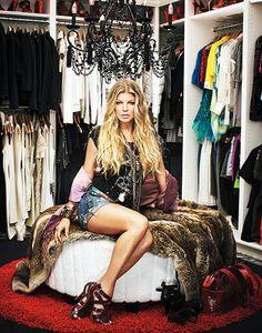 Suzie: Douglas Friedman - Fergie's closet design with black crystal chandelier, round red ...