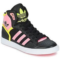 Zapatillas sneakers negras con rosa