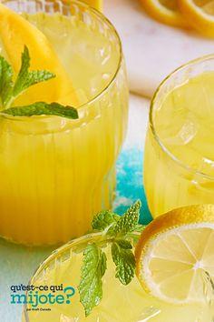 Limonade à la mangue #recette Mango Lemonade, Lemon Slice, Cooking Instructions, Stuffed Jalapeno Peppers, Nutrition Information, Fresh Mint, Calories, Refreshing Drinks, What To Cook