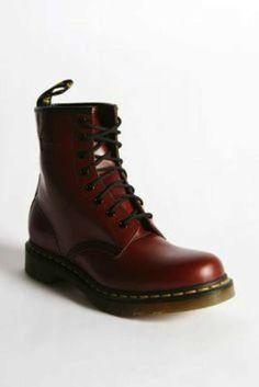 big sale aa4bf 2a889 Moda años 90 para mujer  Vuelve el estilo - Zapatos Dr.Martens Estilo De