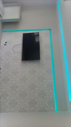 Ściana TV - jeszcze na surowo