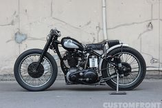 Custom BSA by Stoop Motorcycles Vintage Motorcycles, Cars And Motorcycles, Triumph Chopper, Brat Bike, Old Bikes, Garage House, Kustom, Shovel, Custom Bikes