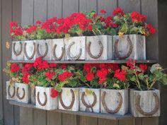 horse shoe flower pots