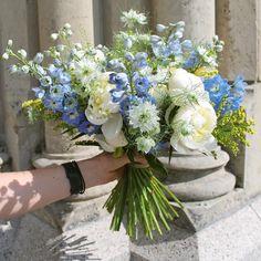 Modro žlutá svatební kytice🌿💙 #kafekytka #kafekytkasvatba #svatebnikytice #weddingflowers