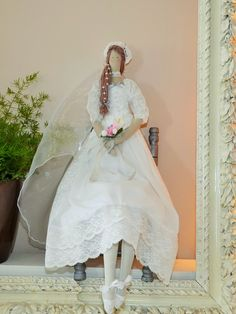 poupée tissu d'inspiration tilda la Mariée aux Perles : Accessoires de maison par dame-brigitte