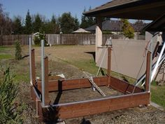 How to make the small greenhouse? There are some tempting seven basic steps to make the small greenhouse to beautify your garden. 6x8 Greenhouse, Greenhouse Pictures, Greenhouse Kitchen, Outdoor Greenhouse, Cheap Greenhouse, Portable Greenhouse, Greenhouse Ideas, Greenhouse Growing, Harbor Freight Greenhouse