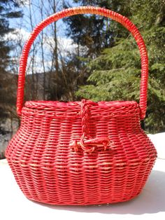 Creel Wicker Basket Red 1950's Handbag Purse Fishing Craft Home Decor Pin Up Easter Beach Boho Hippie Summer Spring Garden Outdoors