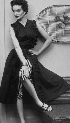 1950s Pattern Capri Pants And Wrap Around Skirt My
