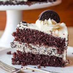 Cookies and Cream Cheesecake Cake - the filling of this one sounds amazing!
