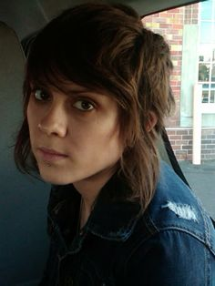 Tegan Quinn's hair is stunning. I've had this same cut before and want it again!