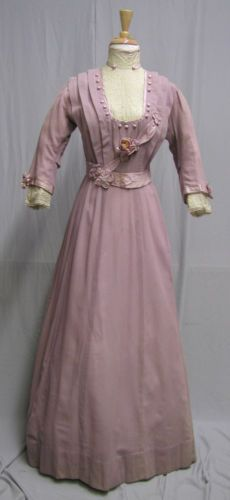 1910s-Edwardian-Lavender-Wool-Dress-with-Ribbon-Flowers