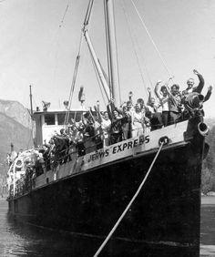 Prior to the Malibu Princess, Jervis Express was used to transport campers and fright to the Malibu Club (early 1960s) #malibu #younglife #malibuclub #ylMalibu #ylMalibuclub