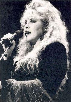 Stevie Nicks whoa that hair