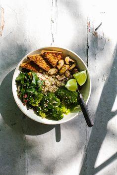 Wholehearted Eats : Go-To #5 - Quinoa Buddha Bowl with Miso Gravy