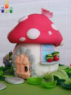 Next project: Polymer Clay fairy house Clay Fairy House, Fairy Houses, Mushroom Cake, Mushroom House, Clay Jar, House Cake, Clay Fairies, Fairy Cakes, Fondant Figures
