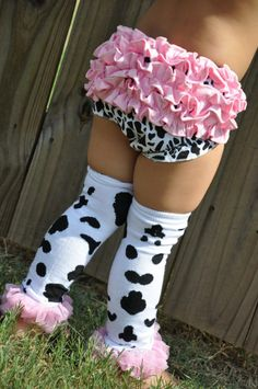 pink and cowprint. My baby girls not little anymore but this was too cute not to repin