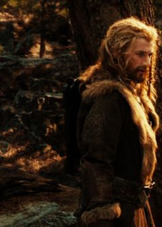 Previous pinner says: Who braids Fili's hair and mustache? That's what I want to know.