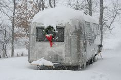 Google Image Result for http://www.64airstream.com/airstreaminwinter.JPG