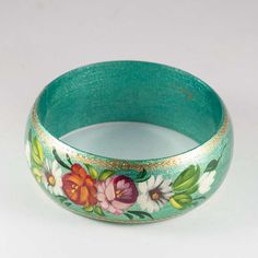 Bracelet Turquoise is a colorful bracelet is painted on wooden base with bright tempera paints in Zhostovo style. The painting is finished with glossy lacquer. Bracelet Turquoise, Russian Jewelry, Colorful Bracelets, Serving Bowls, Decorative Bowls, Bling, Tableware, Html, Gifts