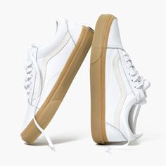 92cdc8befebd1e Madewell x Vans® Unisex Old Skool Lace-Up Sneakers in Tumbled Leather Magic  Shoes