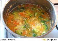 Po přidání brokolice a vloček Curry, Ethnic Recipes, Food, Curries, Eten, Meals, Diet