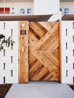 The way the offset concrete blocks create little window slits is brilliant. The Ace Hotel, Palm Springs. The Doors, Wood Doors, Entrance Doors, Barn Doors, Patio Doors, Sliding Doors, Home Interior, Interior And Exterior, Exterior Doors