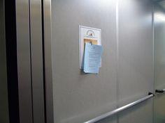 Poesía para llevar en el ascensor Door Handles, Doors, Cabinet, Storage, Furniture, Home Decor, Display Stands, Elevator, Slab Doors